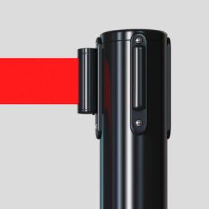 Detalle de la parte superior del poste y enganche con la cinta
