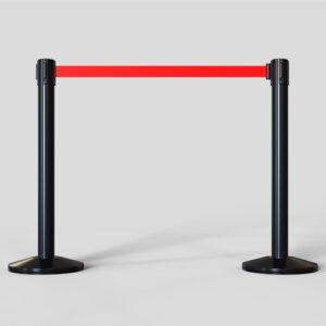 Postes metalicos con cinta extensible para separar y mantener sistancia de seguridad Covid-19